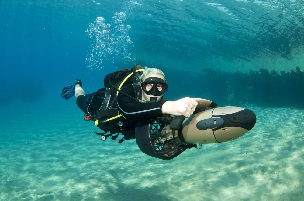 diver on underwater scooter