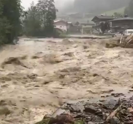 наводнения в Кельхзау / Фото: kelchsau / instagram.com