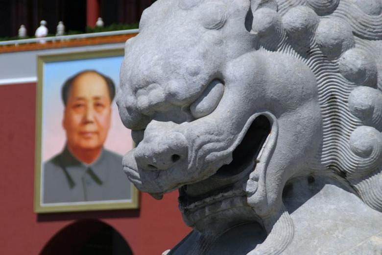 китайская скульптура каменный лев фото