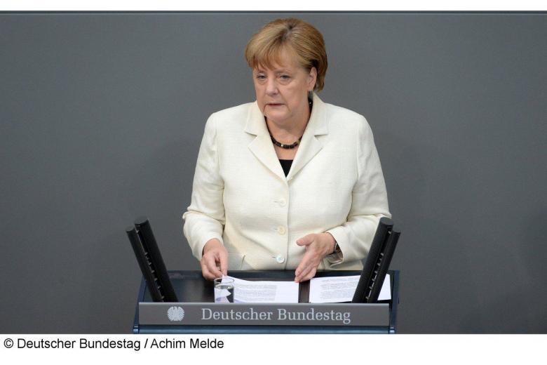 Правые по всей Европе критикуют Ангелу Меркель фото 1