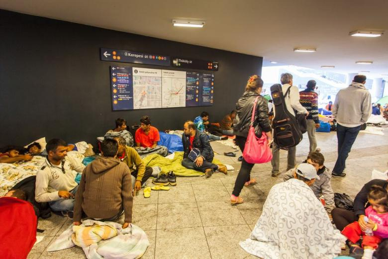 Может ли быть социальная выплата беженцам в Германии 4300 евро? фото 1