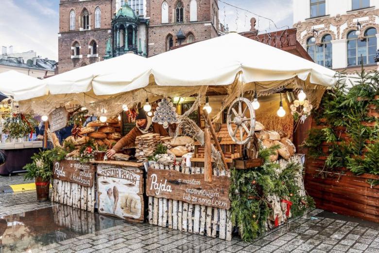 Глинтвейн из ёлки и «маленькие Бэтмэны»: немецкие рождественские угощения, которые вас удивят фото 1