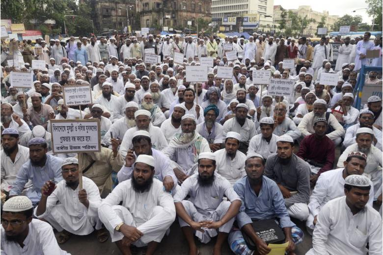 Мусульмане Германии протестуют против террора фото 1