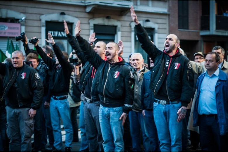 Известного неонациста из России засудили за вербовку в ИГИЛ фото 1