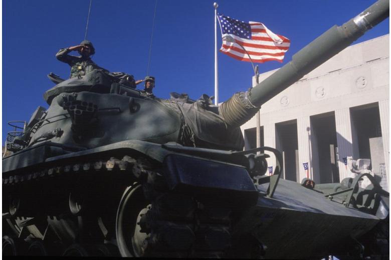 Тысячи американских танков прибыли в Германию для возможной войны с Россией фото 1