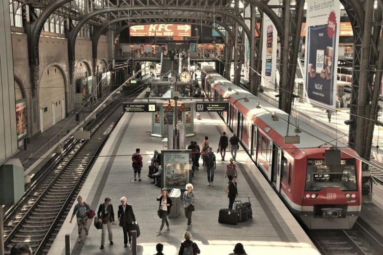 В Берлине контролёры обманывают туристов. Как не попасться на удочку? фото 1