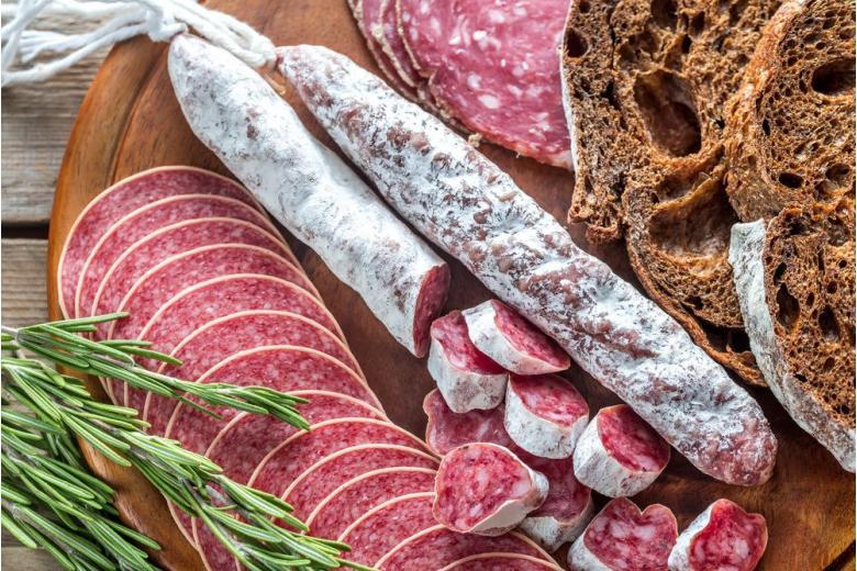 Можно ли похудеть от колбасы? «Подводные камни» кремлёвской диеты фото 1