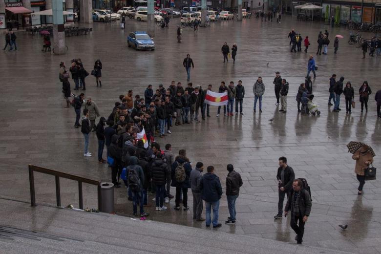 На карнавале в Кёльне организуют защиту от терактов фото 1
