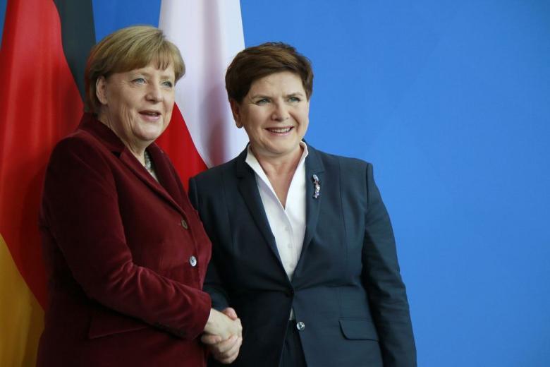 Варшава заинтересована в углублении сотрудничества с Германией фото 1