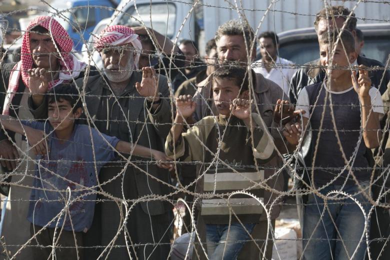 Оппозиция хочет ускорить депортацию беженцев из Северной Африки фото 1