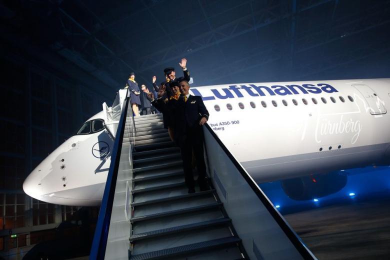 Пилотам Lufthansa выплатят по 5 тысяч, чтобы не бастовали фото 1