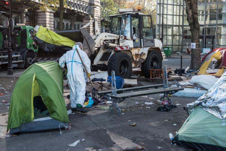 Ангела Меркель хочет построить сеть лагерей для беженцев в Африке фото 1
