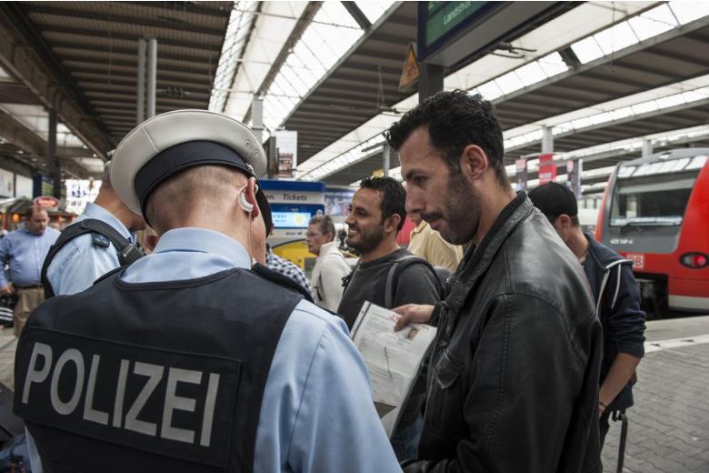С начала года в Германии стало на 9 тысяч эмигрантов-нелегалов больше фото 1