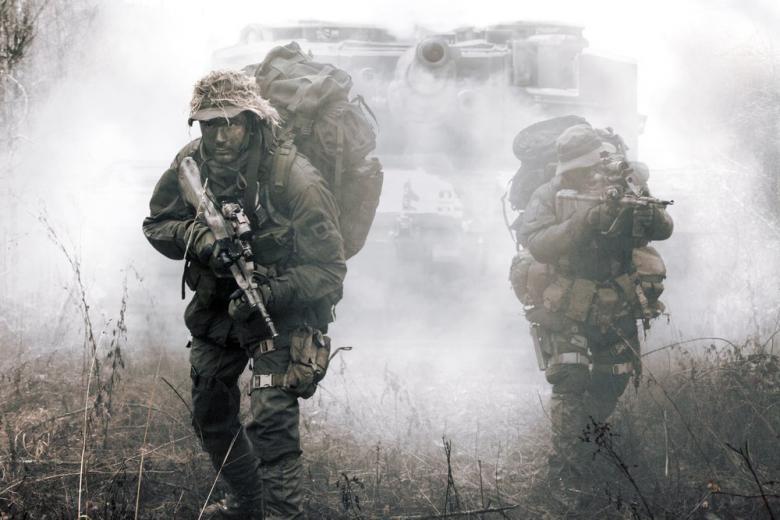 НАТО стягивает войска к российской границе фото 1