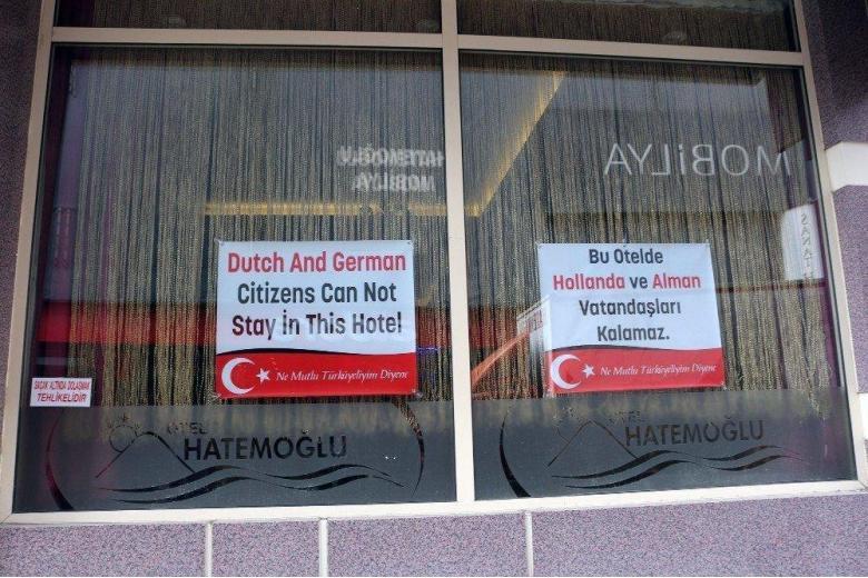 Курортная дипломатия: отель в Турции не принимает немецких туристов фото 1