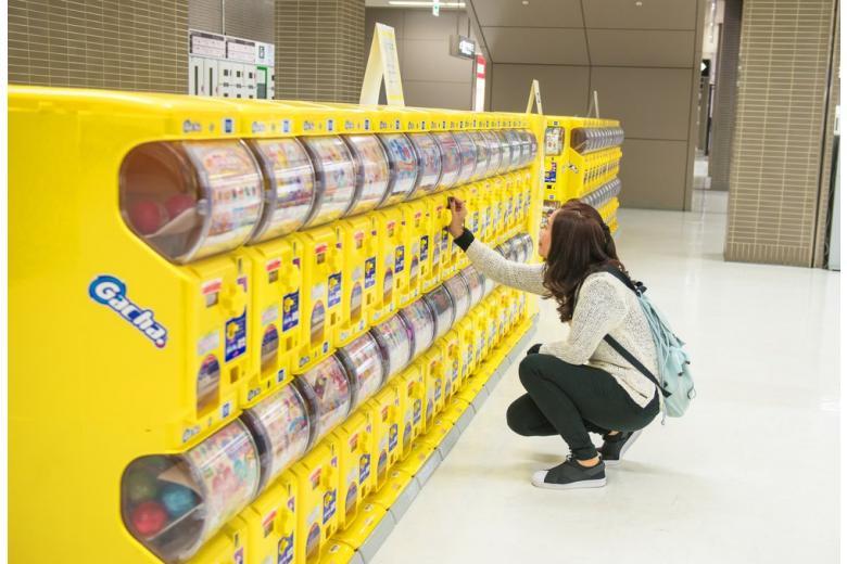 В автоматах Гамбурга можно купить хорошее настроение и килограмм клубники фото 1