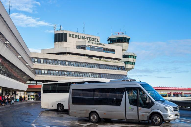 Жители Берлина просят не закрывать аэропорт Тегель фото 1