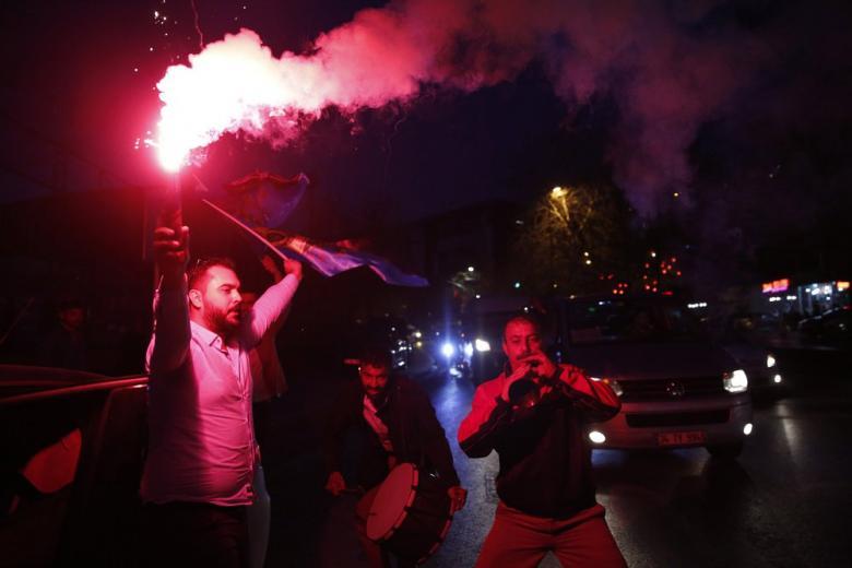Политики ФРГ не хотят вступления Турции в ЕС фото 1