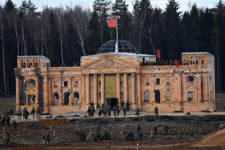 Россияне штурмовали «Рейхстаг» фото 1