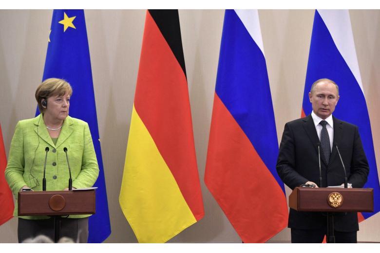 Ангела Меркель встретилась с президентом России в Сочи фото 1
