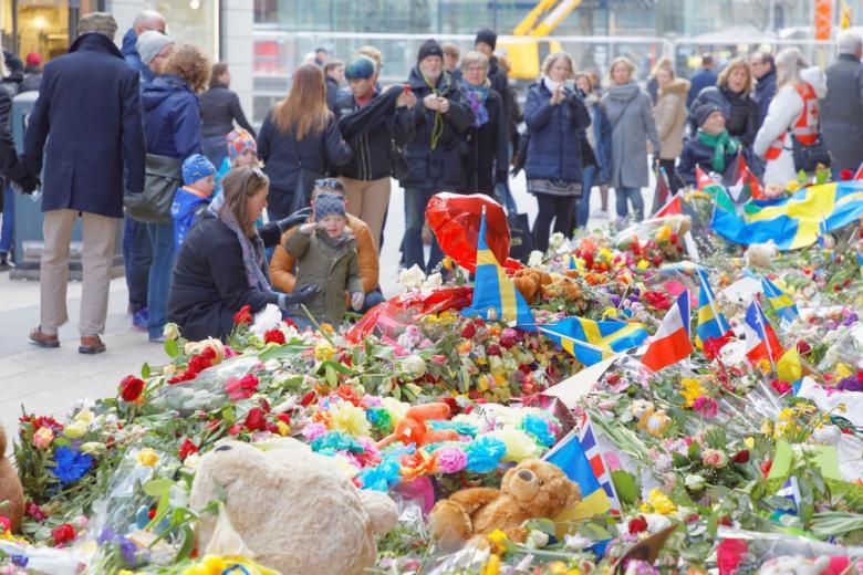 Кто в ответе за теракты в Европе? фото 1
