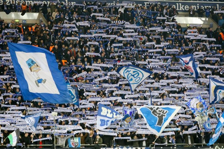 Прогнозированная победа и пивное шоу: завершение германского чемпионата по футболу фото 1