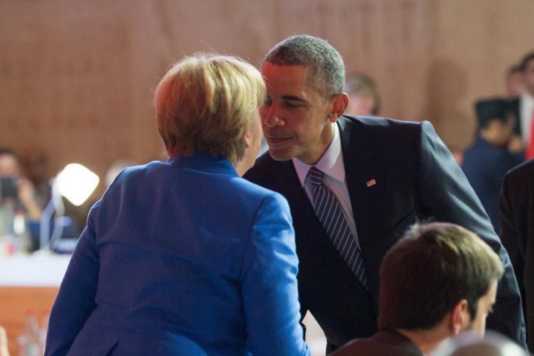 Обама выразил поддержку политике Меркель по вопросу беженцев фото 1