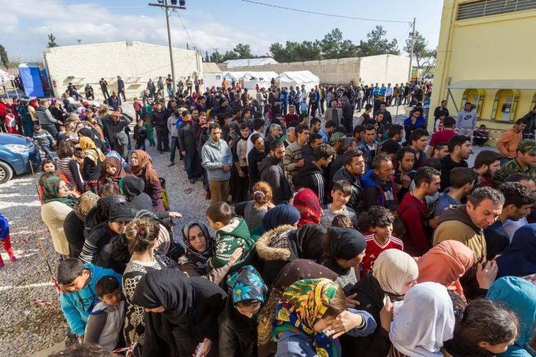 Что заставило немецкие власти остановить высылку афганских беженцев? фото 1