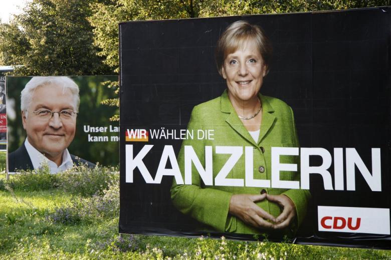 Американская писательница сравнила Ангелу Меркель и Хилари Клинтон фото 1