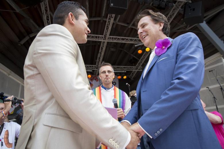 «Зеленые» предлагают узаконить однополые браки в ФРГ фото 1