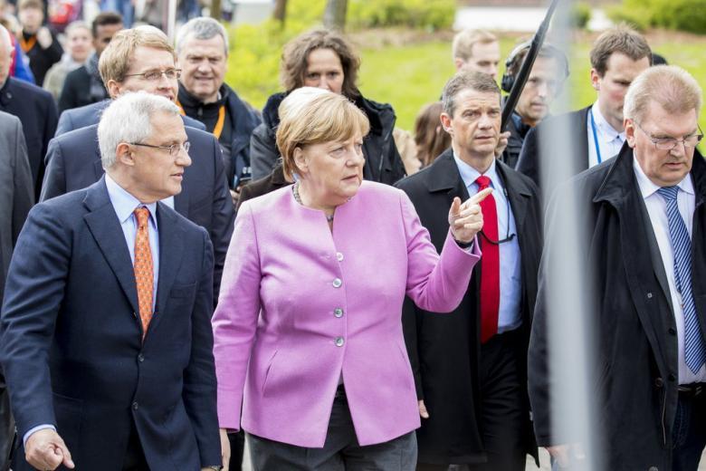 Ангела Меркель рассматривает возможность создания общего бюджета для еврозоны фото 1