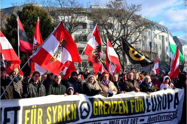 «Долой мигрантов!»: Австрия поддерживает Восточную Европу фото 1