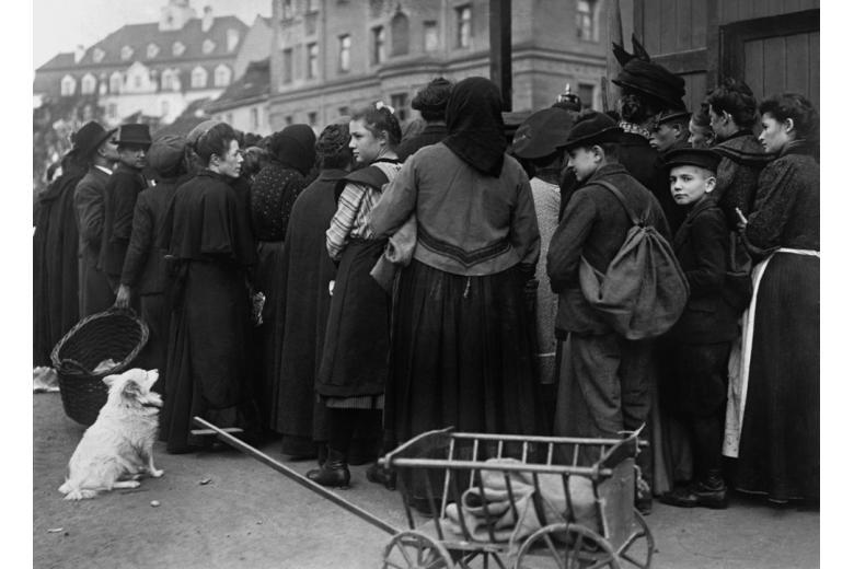 Десятилетие селёдки и брюквы: Германия через призму голодной повседневности фото 1