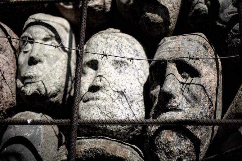 Entschädigung für ehemalige deutsche Zwangsarbeite. Antragsfrist endet am 31. Dezember 2017 фото 1