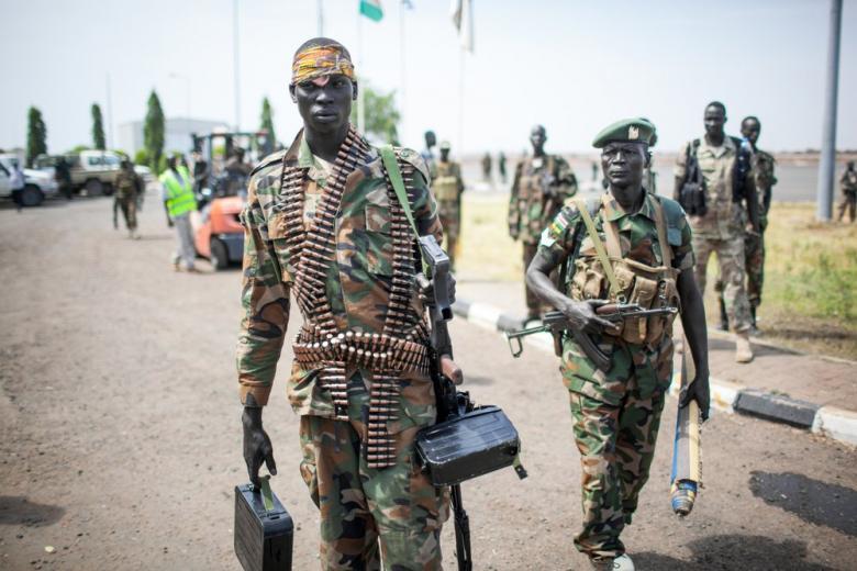 Коррупция и бедность заставляют молодых жителей Африки вступать в ряды экстремистов фото 1