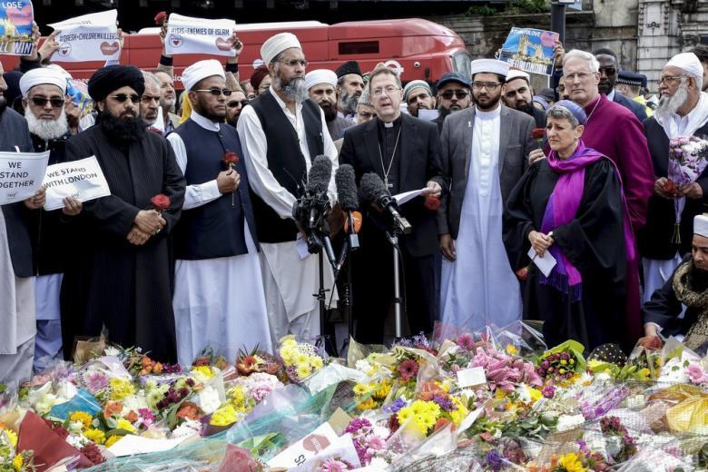 Религиозные лидеры включаются в борьбу с экстремизмом фото 1