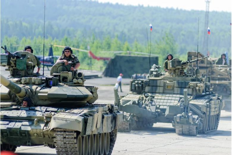 Россия выводит технику из Беларуси после завершения учений «Запад-2017» фото 1