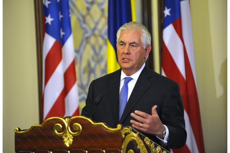 Тиллерсон призвал к спокойствию в решении проблемы КНДР фото 1
