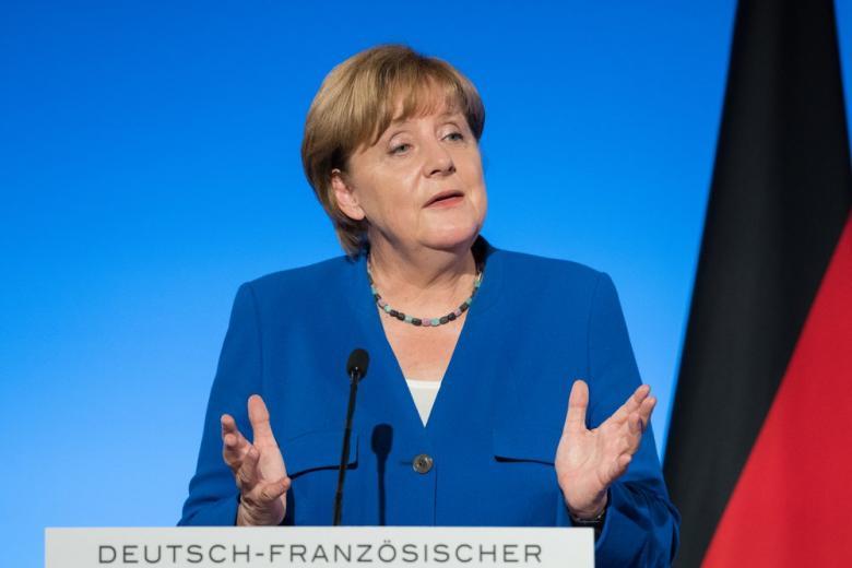 На саммите ЕС Меркель призвала сократить финансирование для Турции фото 1