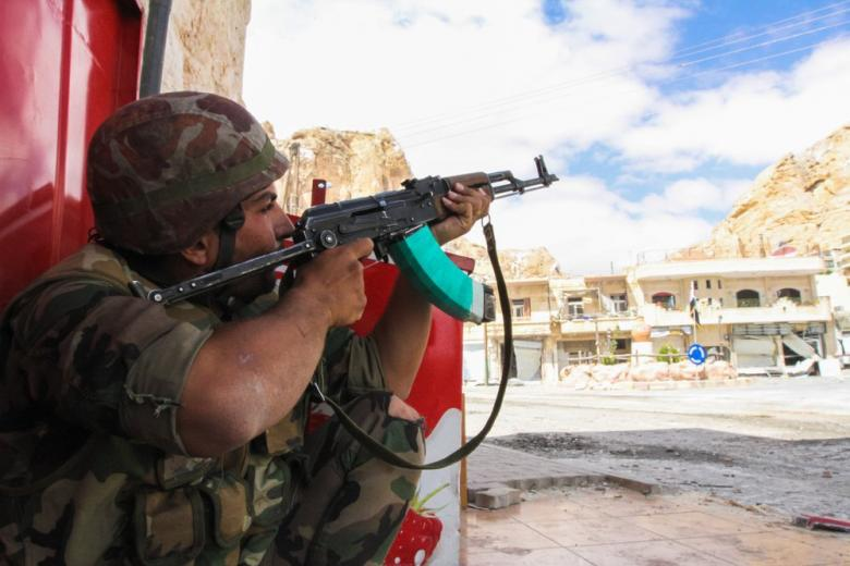 Сирийские войска взяли под контроль Дейр-эз-Зор фото 1
