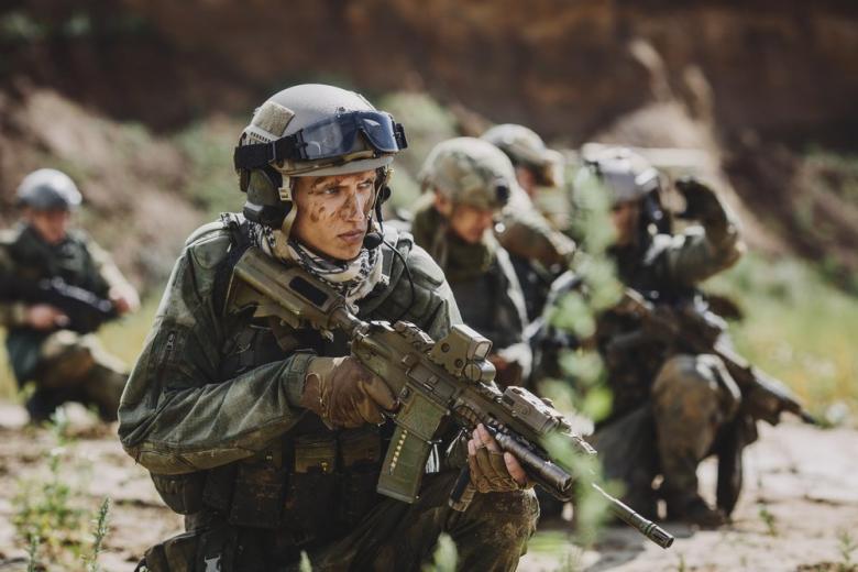 Столтенберг объявил об увеличении войск НАТО в Афганистане фото 1