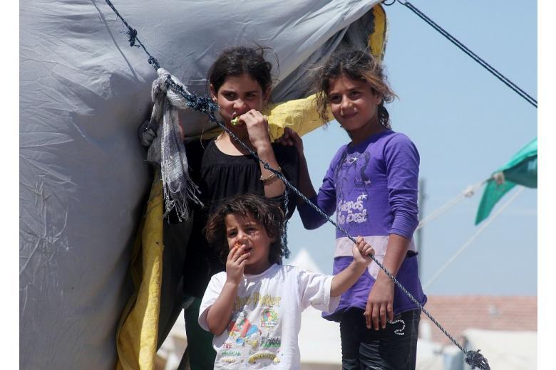 В ЮНИСЕФ бьют тревогу: почему дети-беженцы в Европе совершают самоубийства фото 1