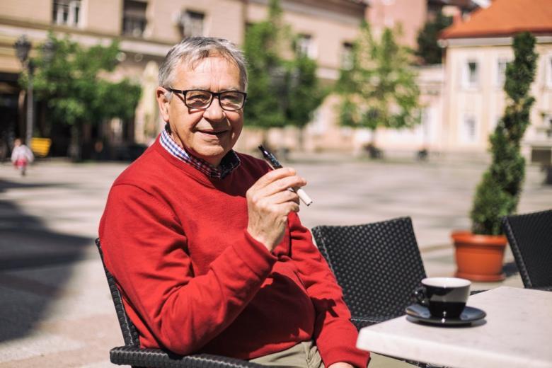 Австрия не будет вводить полный запрет курения в ресторанах фото 1