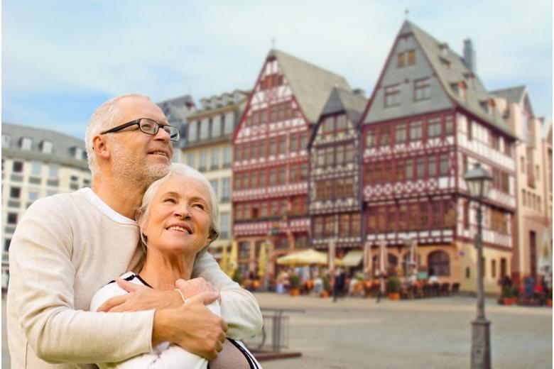 Размер пенсии у немецких мужчин в два раза больше чем у женщин фото 1