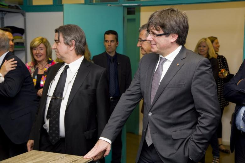 Пучдемон поздравил сторонников независимости Каталонии с победой фото 1