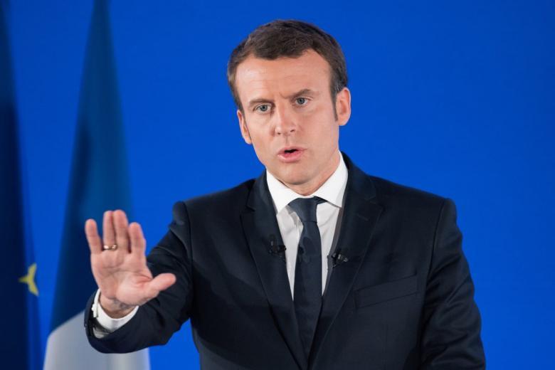 """Во Франции разрабатывается закон о борьбе с """"фейковыми"""" новостями фото 1"""