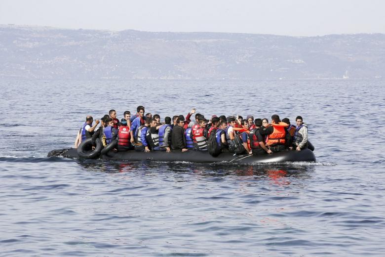 Эксперт: контрабандисты заманивают мигрантов в опасные путешествия через «Фейсбук» фото 1