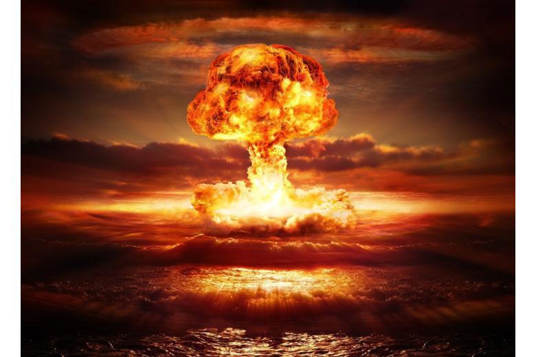 """Стрелки """"часов Судного дня"""" сдвинули к """"ядерной ночи"""" на 30 секунд фото 1"""