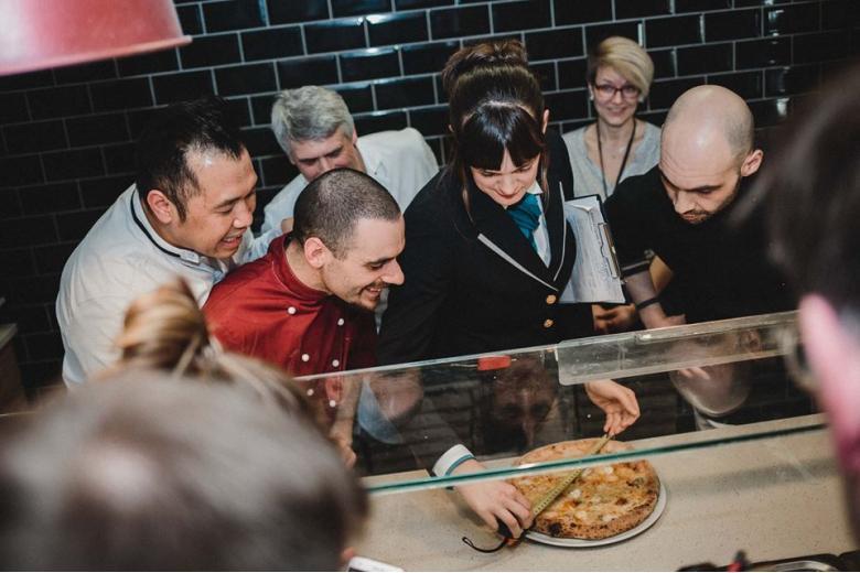 111 сыров: Берлин побил мировой рекорд по пицце фото 3