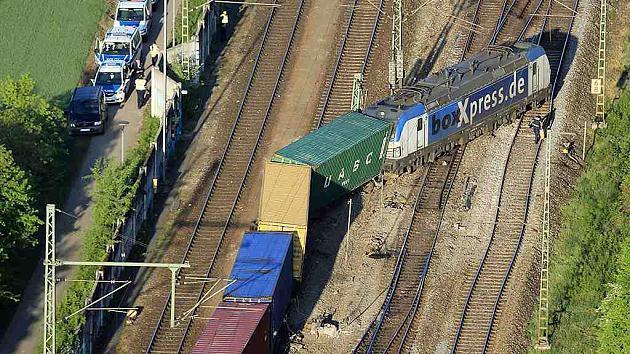 Небольшая железнодорожная авария в Баварии принесла миллионные убытки фото 1